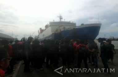 KM Mutiara Sentosa Terbakar, 187 Penumpang Berhasil Dievakuasi