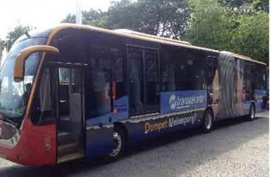 Bus Transjakarta Berhias Kampanye Anti Rokok