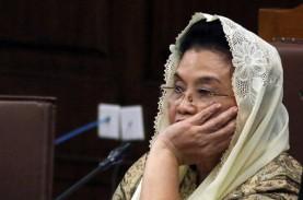 Korupsi Alkes: Siti Fadilah Menangis, Bilang Ada Yang…
