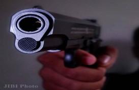 Astaga, Polisi Ini Tembak Kepalanya Sendiri