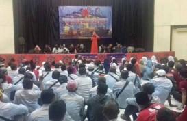 Ribuan Pekerja Pelabuhan Indonesia Ikuti Rapat Akbar
