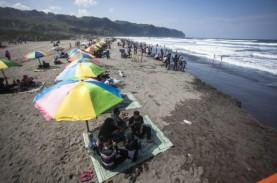 Libur Lebaran, Pantai Parangtritis Terus Memikat Wisatawan