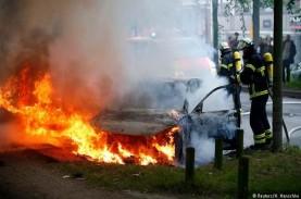 KTT G-20: Demonstran Protes, Blokir Jalur Rombongan…