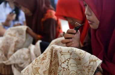 Perancang Busana Etnik Dorong Kembangkan Batik Jambi