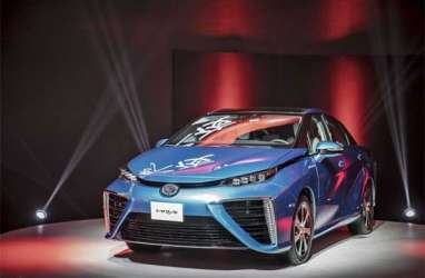 MOBIL HIDROGEN: Penjualan Toyota Mirai Terkendala Stasiun Pengisian Hidrogen