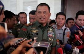 INFO HAJI : Panglima Jenderal Gatot Nurmantyo Lepas 230 Calon Haji TNI
