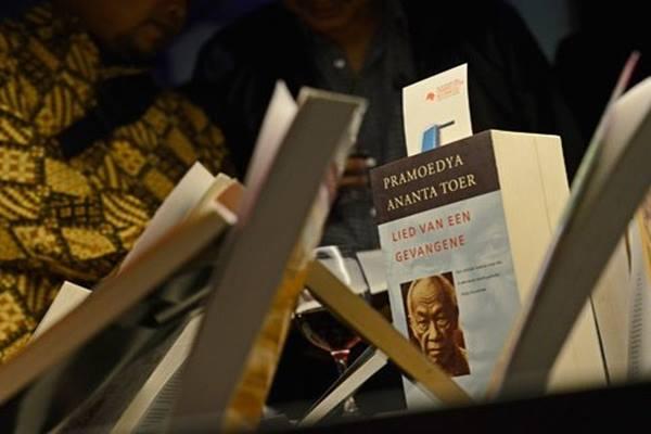 Buku karya penulis Indonesia - Antara