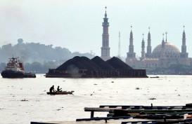 Tongkang Bermuatan Batu Bara Dilarang Melewati Sungai Barito