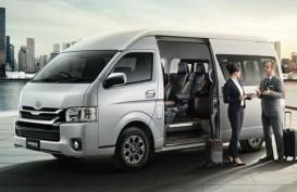 KENDARAAN NIAGA : Toyota Rilis Van Hiace Luxury & Truk Dyna
