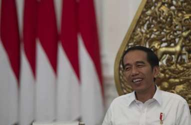 BENDERA INDONESIA TERBALIK: Presiden Jokowi Tunggu Permintaan Maaf Resmi