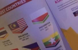BENDERA INDONESIA TERBALIK: Menpora Malaysia Tarik Buku Sea Games