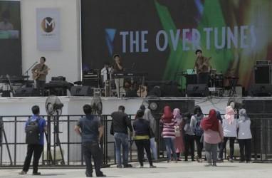 The Overtunes Hibur Pengunjung Festival Musik Meikarta