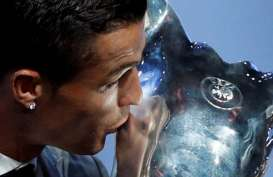 Ronaldo Pemain Terbaik Eropa, Kalahkan Messi & Buffon