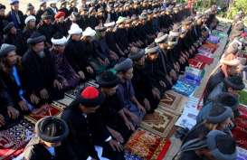 Ribuan Umat Islam Salat Iduladha di Masjid Al Azhar