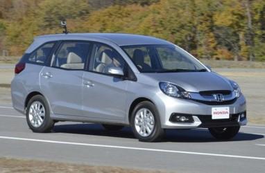 MOBIL KECIL SERBAGUNA  : Honda Mobilio Kembali Percaya Diri