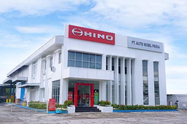 PT Hino Motor Sales Indonesia (HMSI) menambah luas dan layanan diler Hino di Sampit, Kalimantan Tengah / HMSI