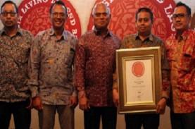 Semen Gresik Raih Indonesia Living Legend Brand 2017
