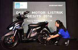 KENDARAAN ELEKTRIK: Sepeda Motor Listrik Siap Serbu Pasar