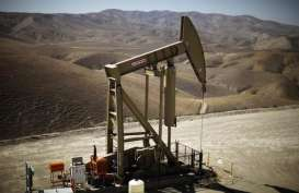 Sentimen AS dan OPEC Bikin WTI Tergelincir