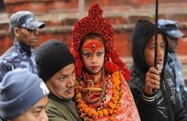 Anak Usia Tiga Tahun Dinobatkan Jadi Dewi Hindu