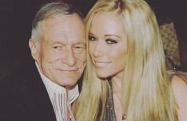 Mengharukan, Ungkapan Duka Mantan Pacar Bos Playboy Hugh Hefner