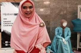 15 Koleksi Oki Setiana Dewi di Pamerkan pada JFW 2018