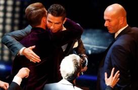Cristiano Ronaldo Kembali Jadi Pemain Terbaik Dunia