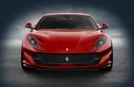 Mobil Tercepat Ferrari 812 Superfast Siap Mengaspal di Indonesia