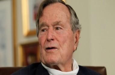 Mantan Presiden George Bush Minta Maaf karena Meraba Aktris