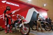 SEPEDA MOTOR : Pasar On-Off Sport  Menarik