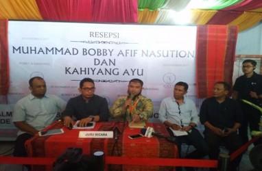 Jokowi Mantu : Bobby-Kahiyang Jalani Prosesi Tepung Tawar