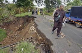 Awas! Januari, Puncak Ancaman Banjir & Longsor