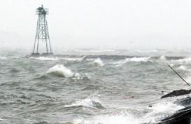 Gelombang Tinggi di Perairan Sulawesi Bisa Capai 4 Meter. Hati-Hati!