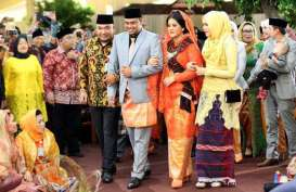 Hari Ini, Kahiyang Ayu - Bobby Jalani Kirab Budaya di Kota Medan