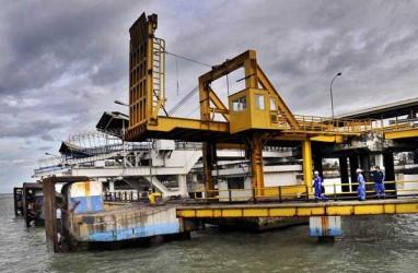 PENYEBERANGAN MERAK - BAKAUHENI  : Kapal Ro-ro Kecil Dilarang Melintas Akhir 2018