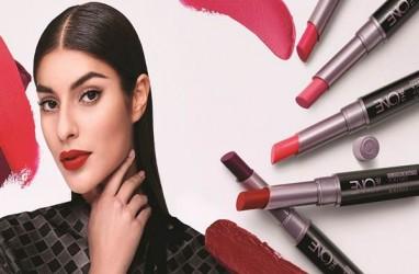 Tren Warna Lipstik Intense dan Berani Diangkat Oriflame Tahun Depan