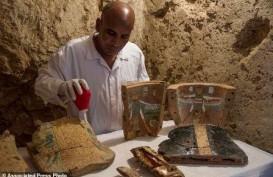 Arkeolog Temukan Dua Makam Kuno Mesir Berusia 3.500 Tahun