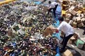 Holcim Bantu Bea Cukai Bogor Musnahkan Barang Hasil Penindakan