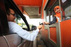 Libur Natal dan Tahun Baru 2018 : Kepadatan Tol Tangerang-Merak…