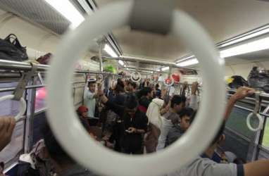 Kereta Bandara Beroperasi, Jadwal KRL Commuter Line Duri-Tangerang Dikurangi