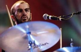 Ringo Starr Dapatkan Gelar Bangsawan dari Ratu Inggris