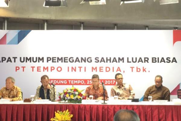 Jajaran Komisaris dan Direksi Tempo Inti Media (TMPO) dalam Rapat Umum Pemegang Saham Luar Biasa di Jakarta, Selasa (25/7) - Foto: Istimewa