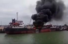 Kapal Tanker Minyak Tabrakan di China, Setidaknya…