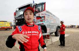 Gunakan Monster Kecil, Hino Lawan Truk Besar Rally Dakkar