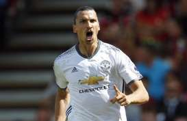 Mourinho: Ibrahimovic Masuki Masa Akhir Level Tertinggi Pesepak Bola