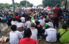 LARANGAN CANTRANG: Ribuan Nelayan Demo di Depan Istana