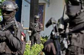 Densus 88 Ringkus DPO Teroris Penyelundup Senjata Api