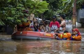 1.800 Kotak Makanan Didistribusikan Kepada Korban Banjir di Jakarta Selatan