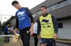 Courtois Perpanjang Kontrak di Chelsea Gara-gara Hazard