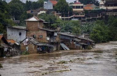 Banjir Jakarta Hasilkan 1.596 Ton Sampah
